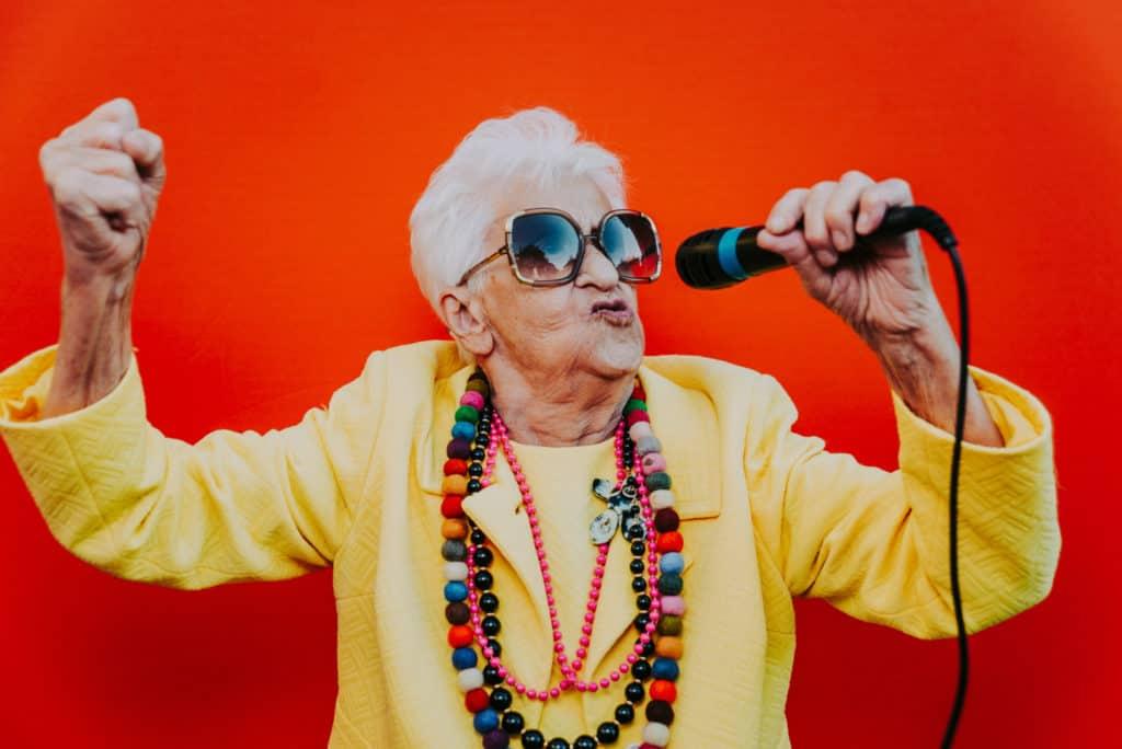 Actividades de autoestima para adultos mayores